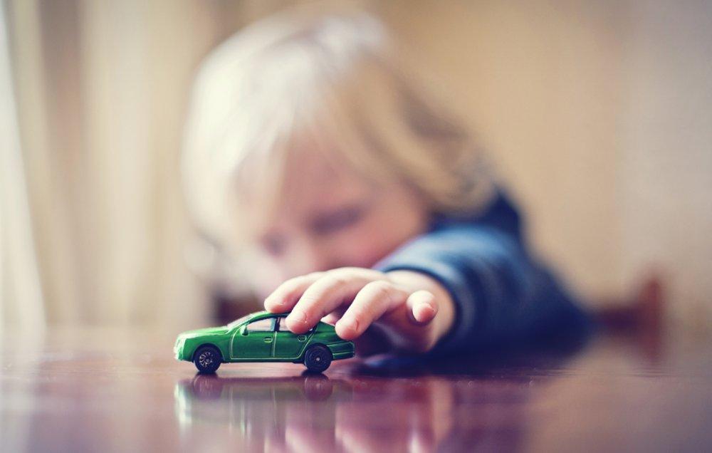 «Les p'tits bouts – astuce 2» </br><b>Les bonnes idées de Béa et Zina à faire avec les enfants de 1 à 3 ans</b>