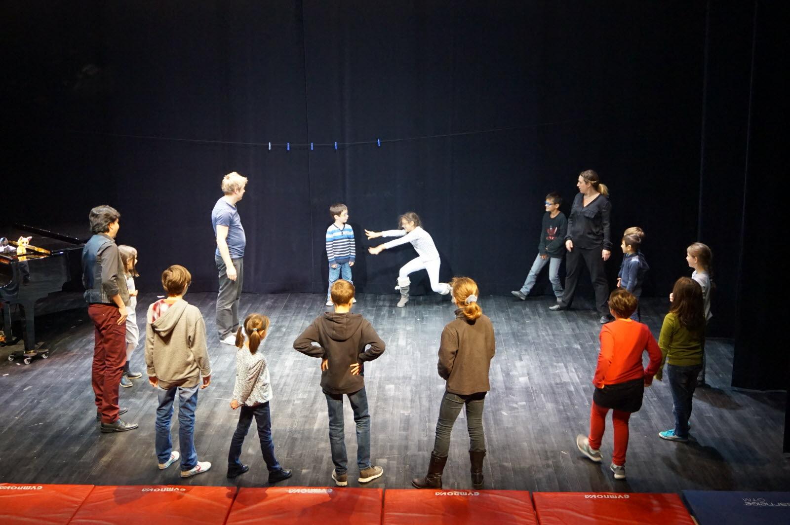Théâtre d'improvisation : un jeu d'enfants !